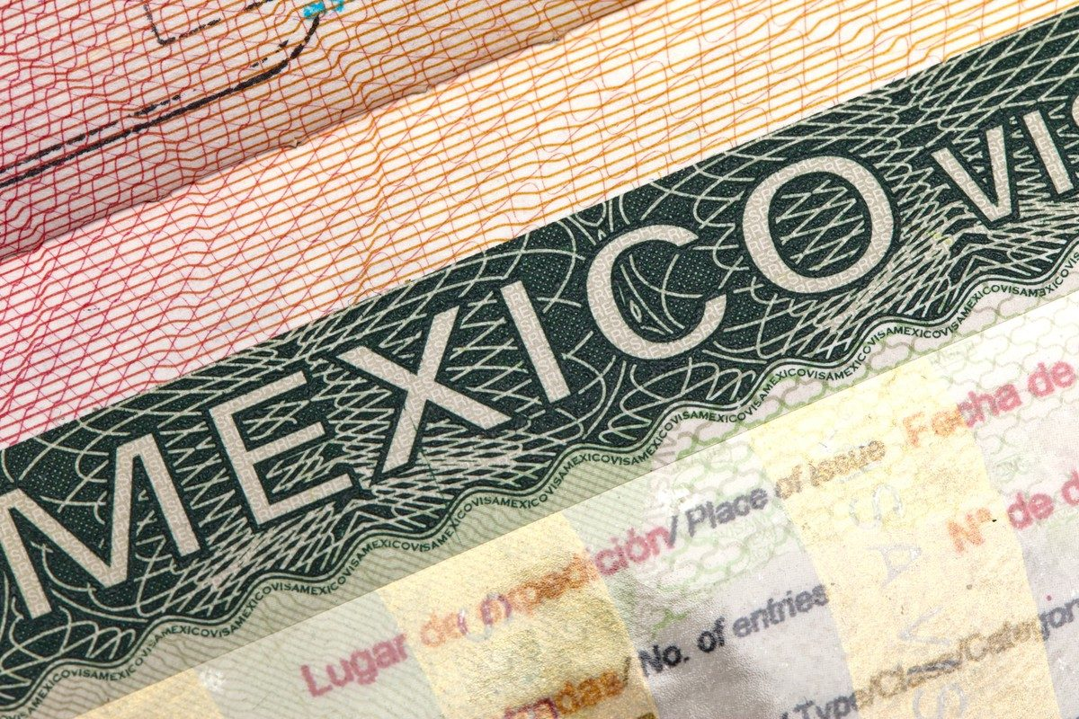 Get Assistance with Your Mexico Residency Application thumbnail
