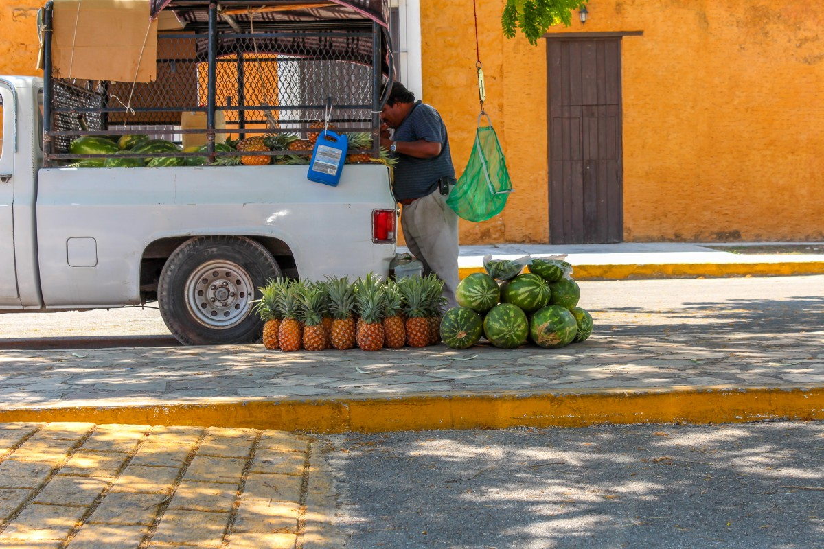 Local Food Shopping in Mexico thumbnail
